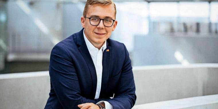 Deutschlandfahne am Revers: Der konservative CDU-Politiker Philipp Amthor.