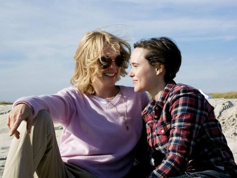 "Julianne Moore und Ellen Page in ""Freeheld""."